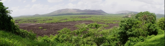 Panoramic views of the volcanic basin
